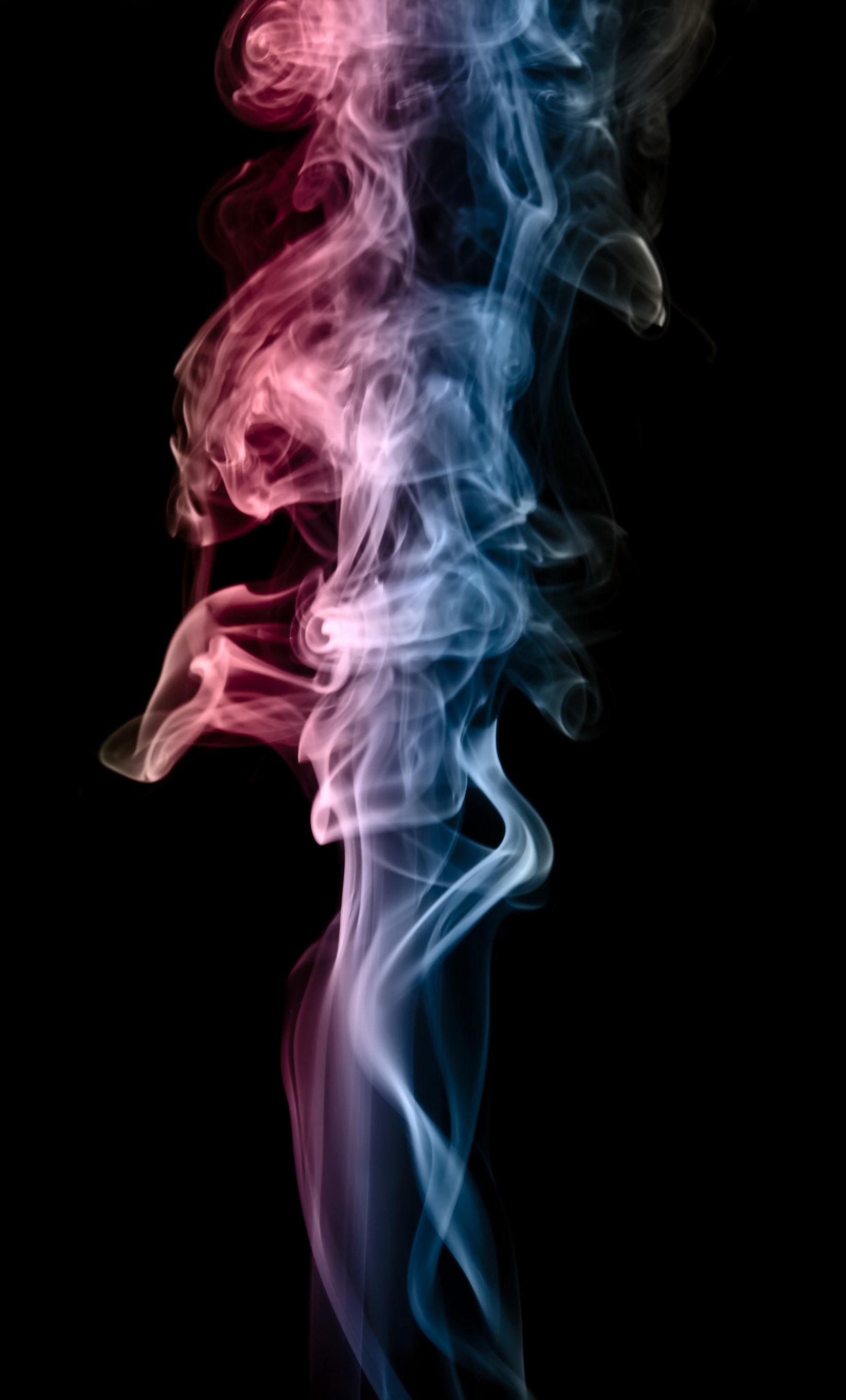 Как сделать портретное на фоне дыма