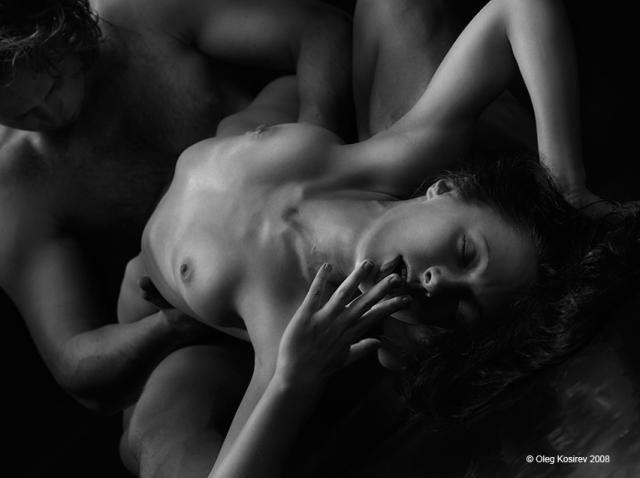 otkrovenno-eroticheskie-stihi
