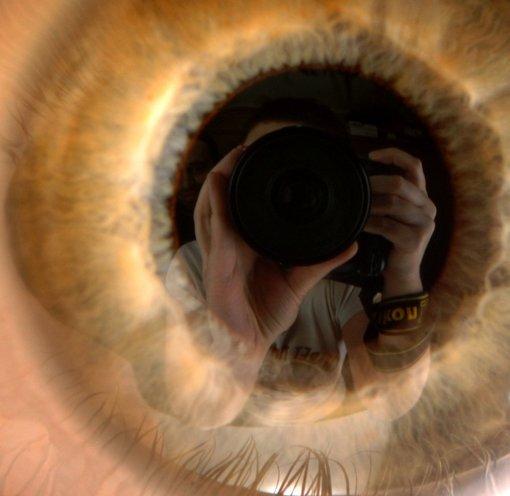 i in eye