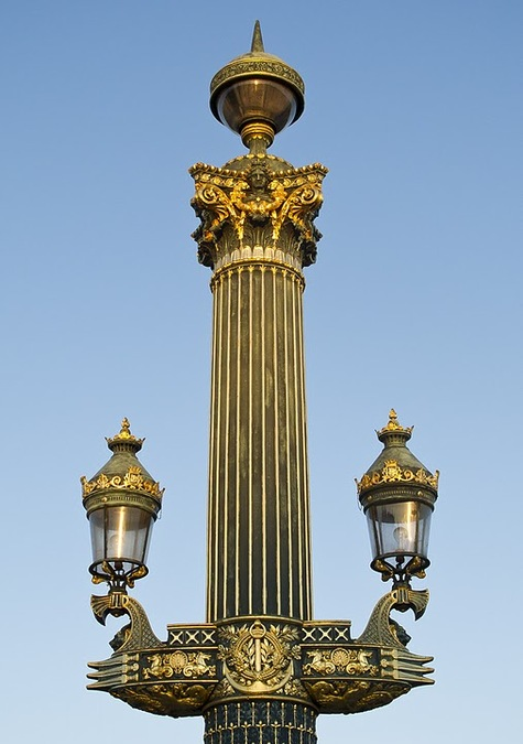 Венецианский фонарь на Площади Согласия (Париж)