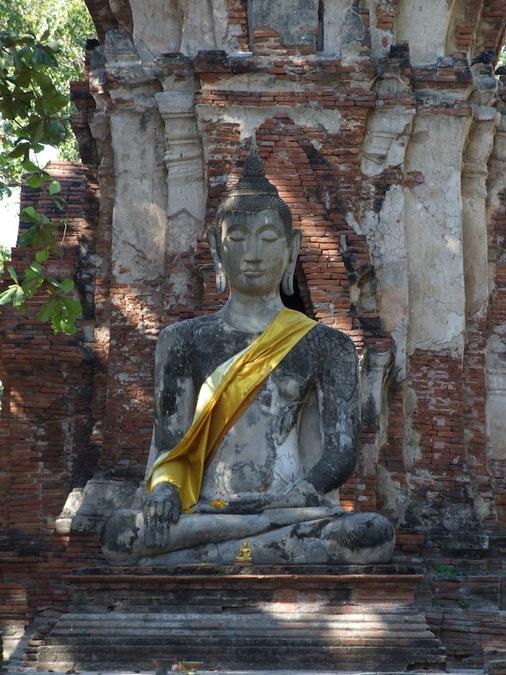 Каменный Будда