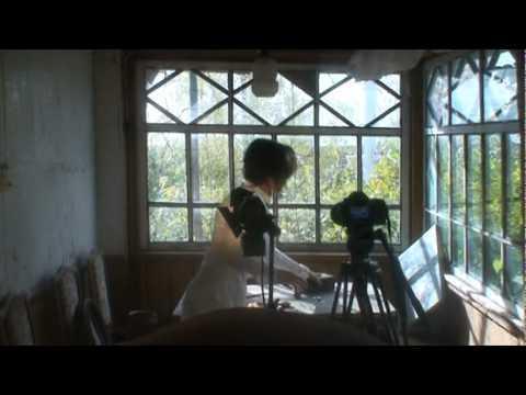 Группа «Начало Века» завершила работу над клипом на песню из нового альбома «Формы времени» – «Колесо». Интервью с режиссёром клипа Андреем Тельминовым, репортаж со съёмок.