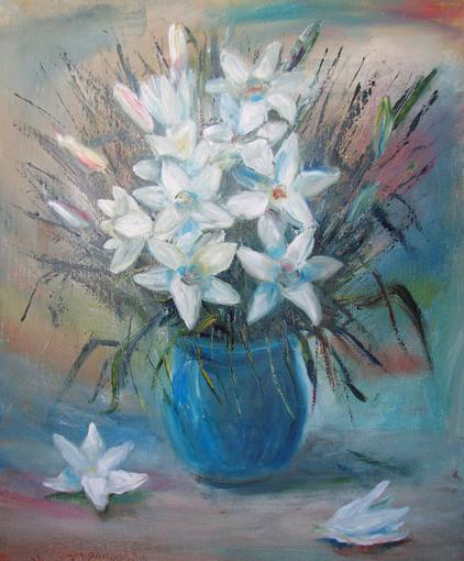 Белые лилии.