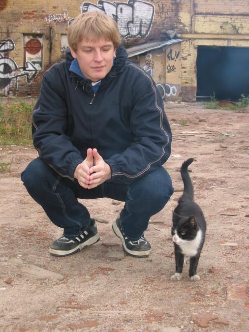 Антон и кот...