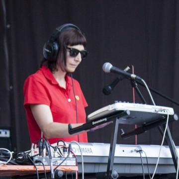 Розовый Ветер  (акустика: live 2013) LENA PEAUSOK