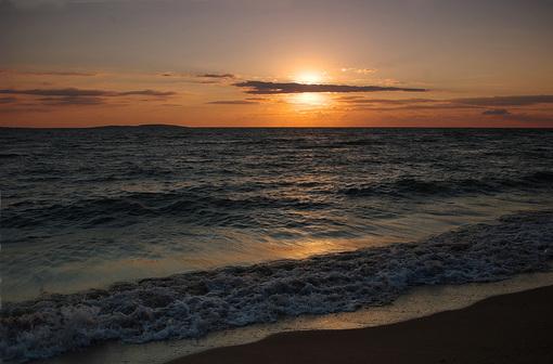 Волны Азовского моря .