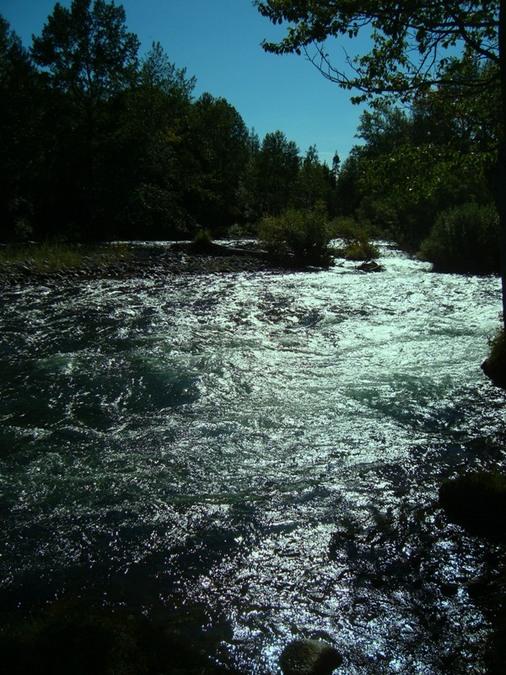 горная река..