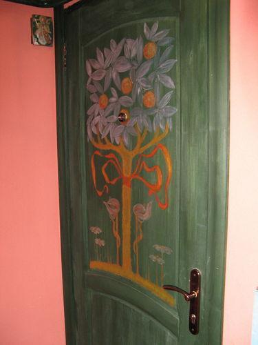 роспись входной двери.jpg