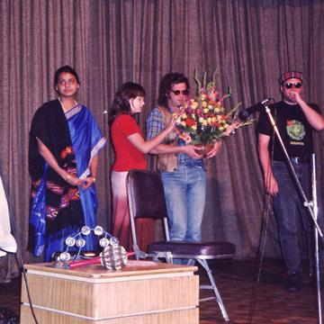 2000 - Нью-Дели Официальная страница Бориса Гребенщикова