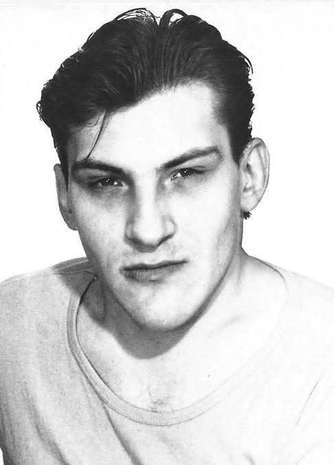 Отец 1990