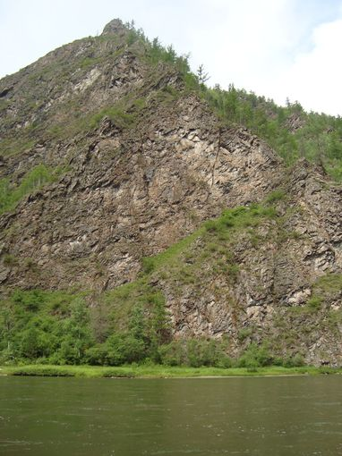 Зыркузунское ущелье,река Иркут(июль2009г.)